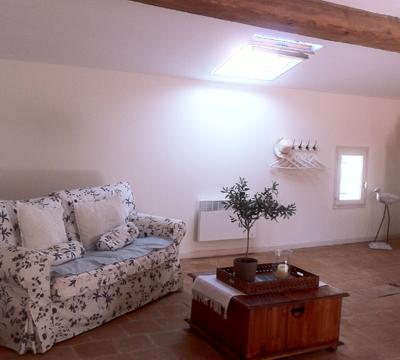corner-main-bedroom