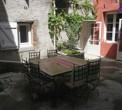 courtyard-daytime