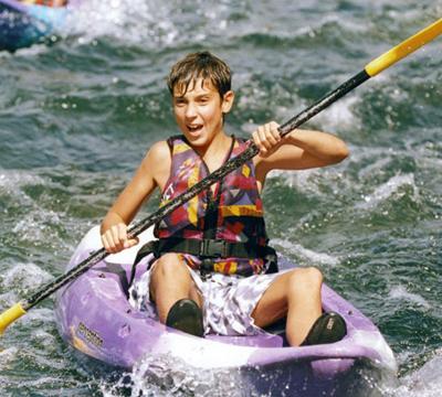 kayaking-in-roquebrun