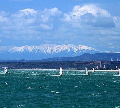 windsurfing-in-gruissan